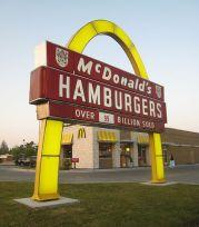 524px-Pine_Bluff_McDonalds_1962_Sign