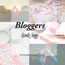 bloggerslinksuplittlebutton_zpsbdzaiwqp